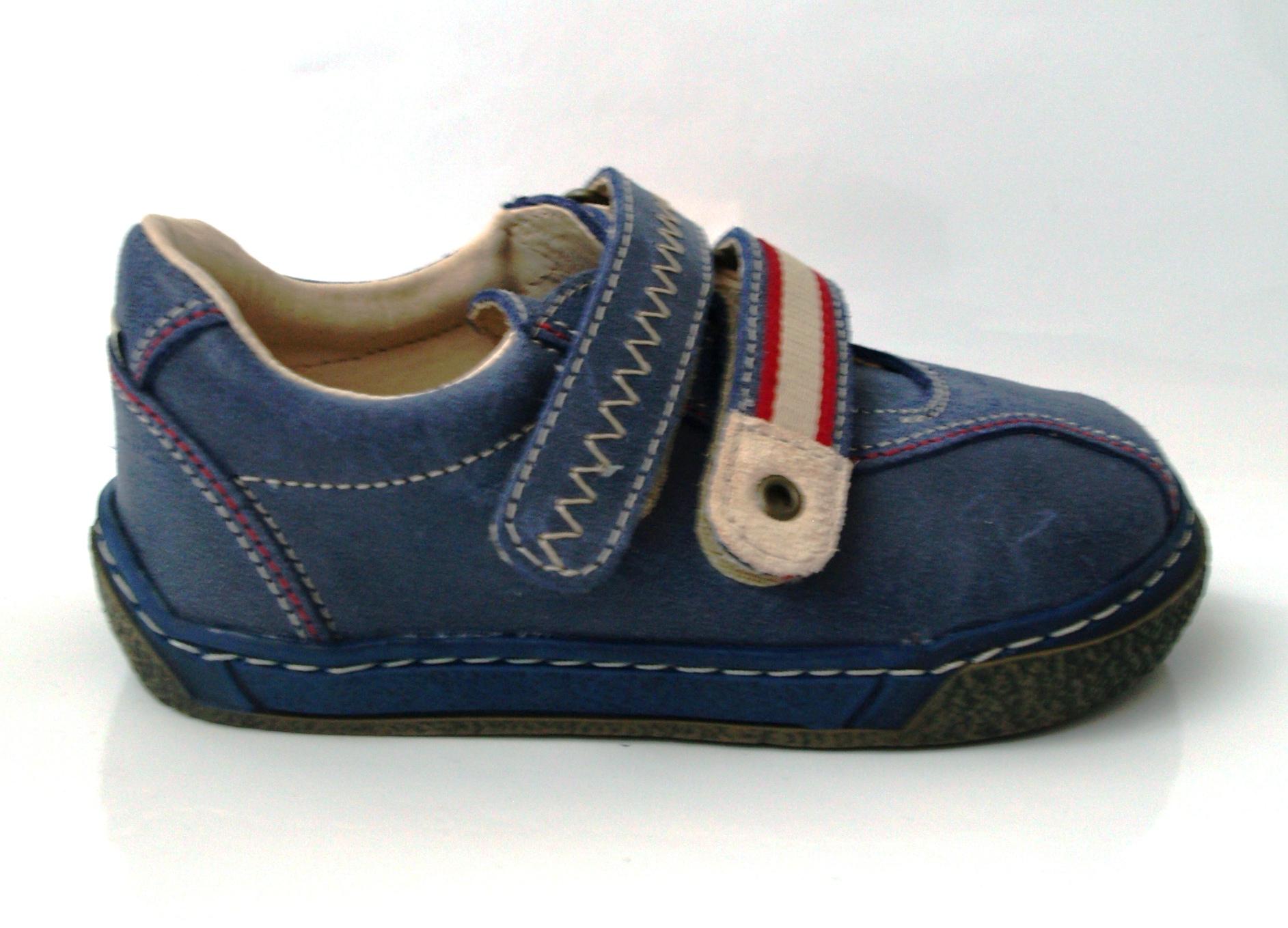 ffece42803c Dětská obuv - Pegres 01